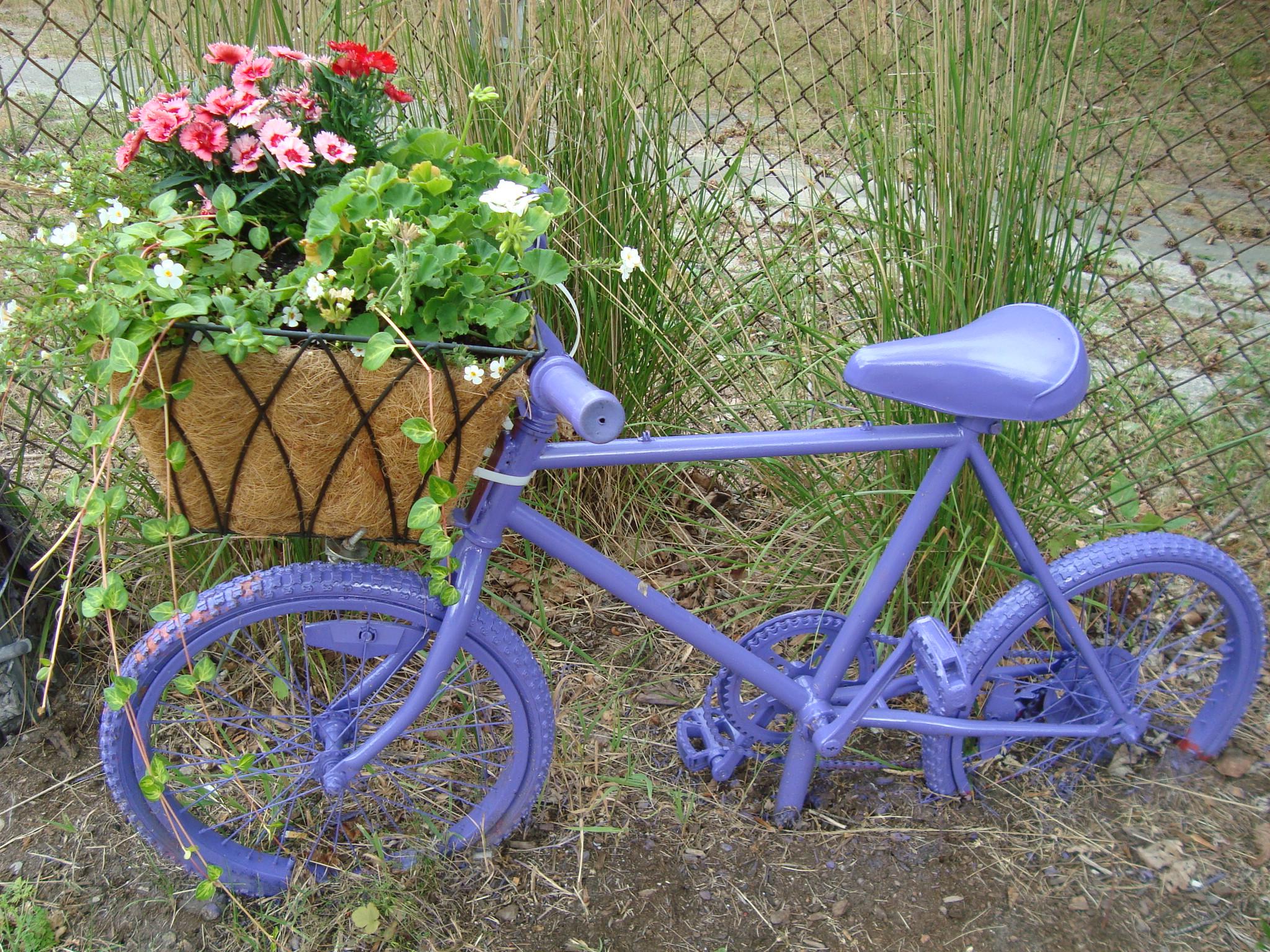 Bike Planter 10. Source: ...